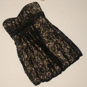Dresses & Skirts - NWT lace overlay holiday black dress